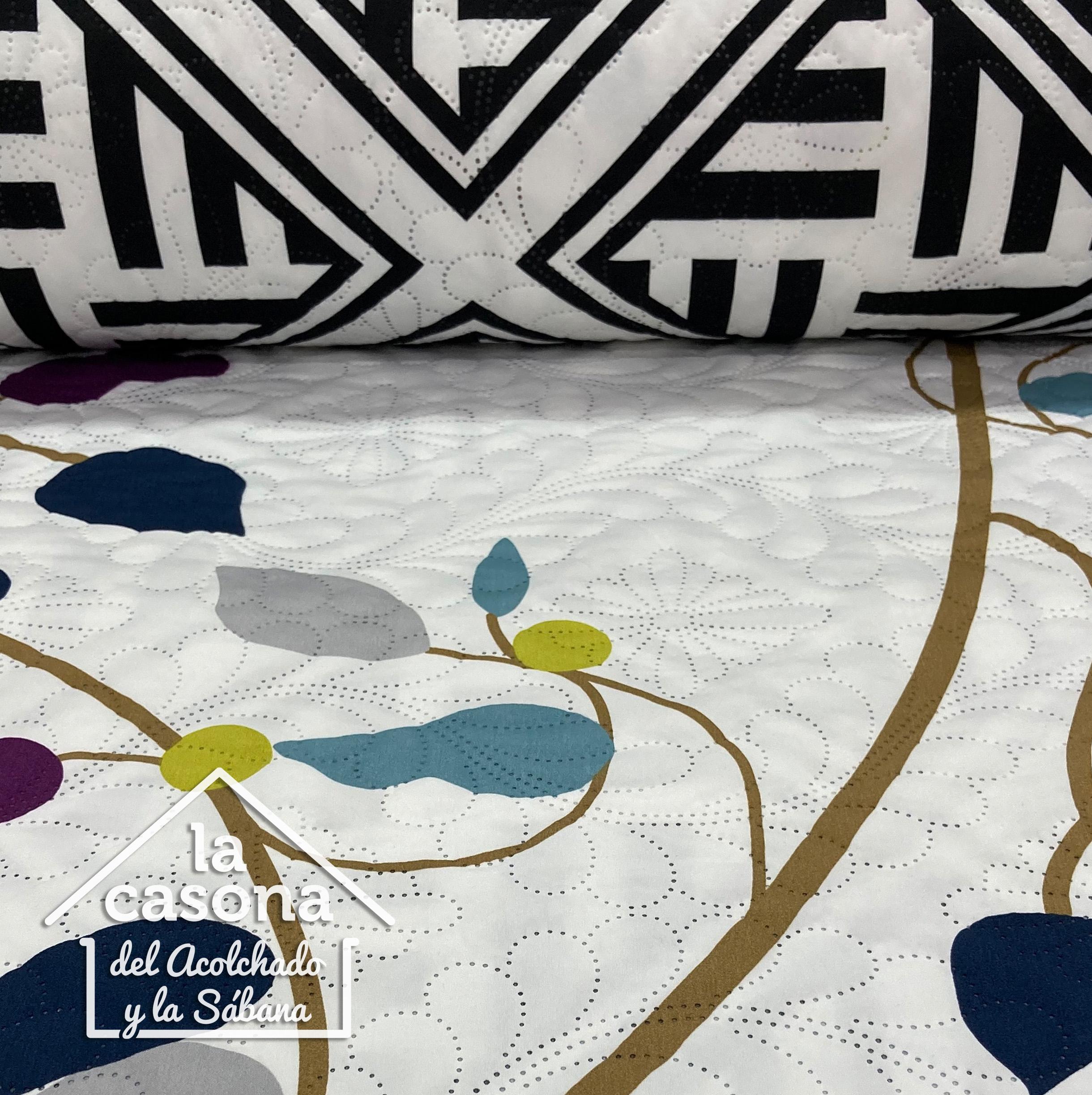 enfoque tela acolchada doble faz diseño lineal en blanco y negro