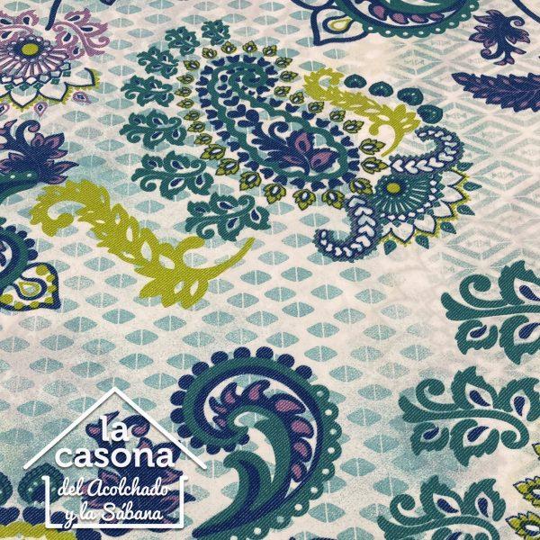 enfoque tela polialgodón con diseños de figuras en tonos azules
