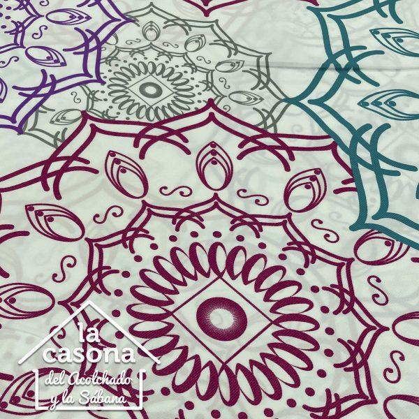 enfoque tela polialgodón con diseños de mandalas en color rosado, morado, gris y azul