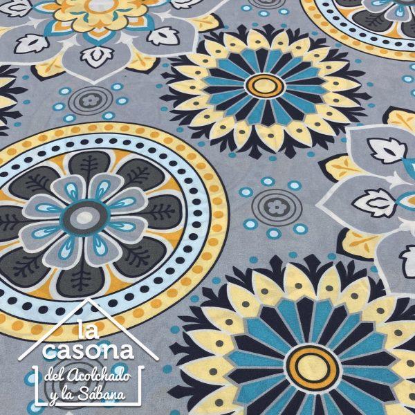 enfoque tela polialgodón con diseños de mandalas en mezcla de colores cálidos y fríos